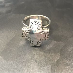 Silpada sterling silver ring size 9
